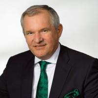 Gerhard Frauenberger, Schwechater Bürgermeister a.D.
